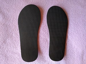 DISPOSABLE ORIGINAL TOPLESS STICKY SANDALS TREADED SOLES